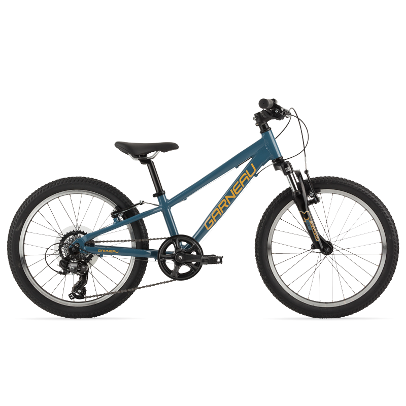 The Trust series of Garneau bikes offer all the necessities for your kid's first dedicated off-road mountain bike. The 201 is our boy's 20'' platform.