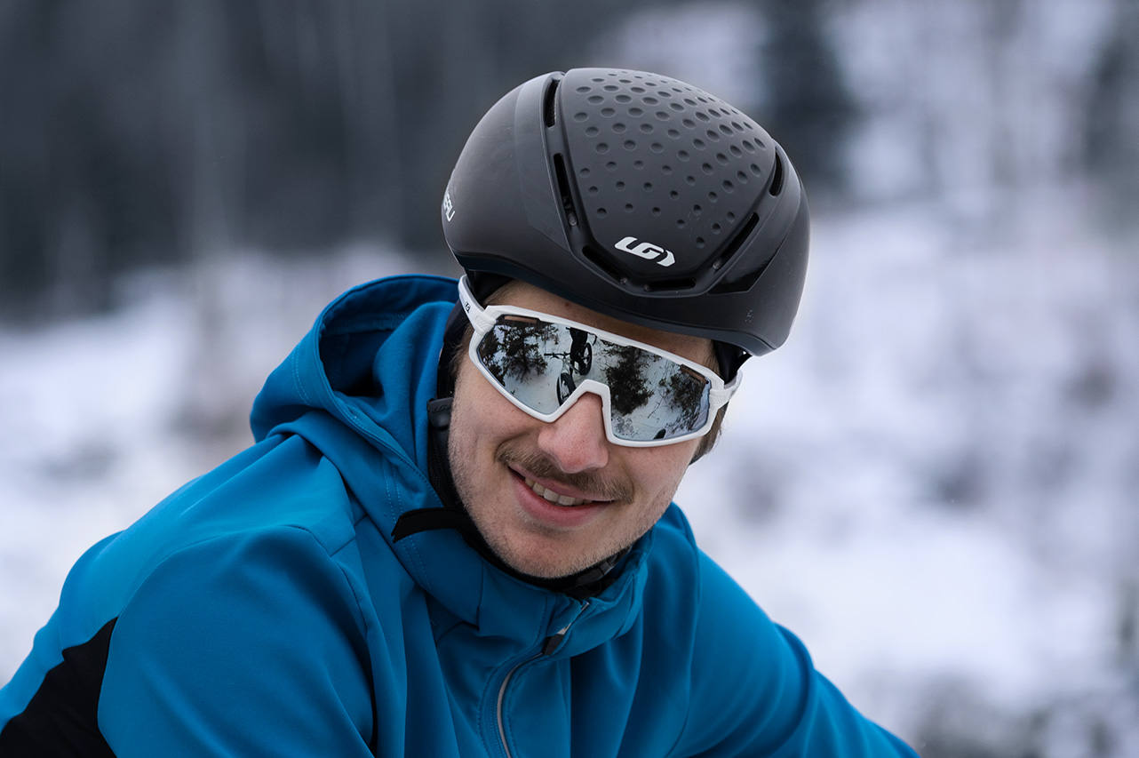 Winter helmet for men